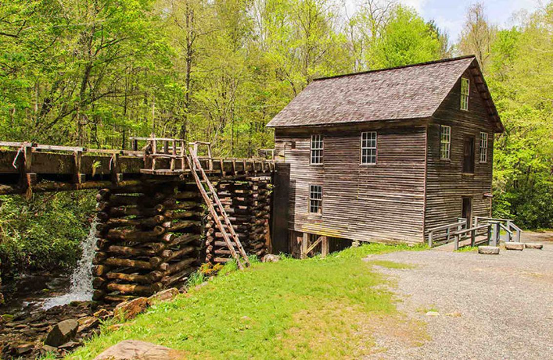 Mingus mill cherokee nc for Indian bear lodge cabins